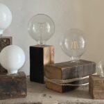 Lampe vintage recyclée en bois