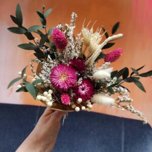 Petit bouquet fleurs séchées bordeaux